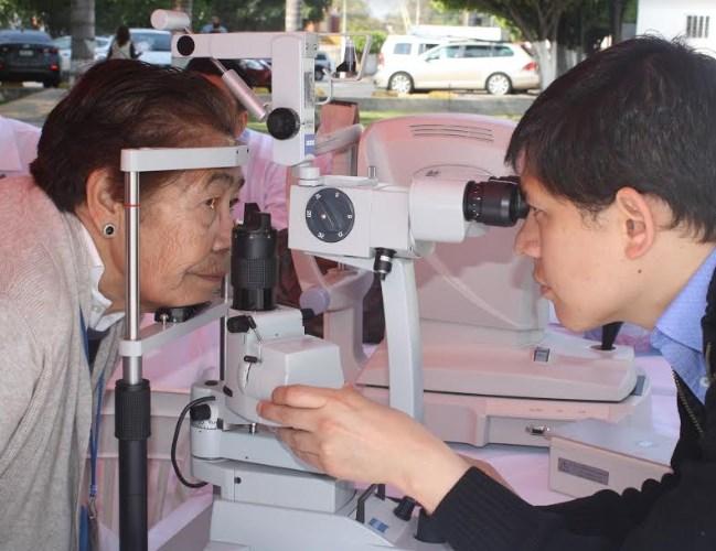 Ofrece DIF Zapopan exámenes de la vista gratuitos