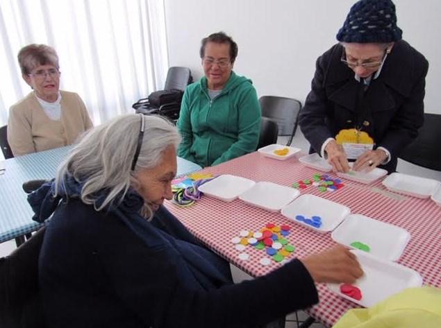 Elevan calidad de vida de adultos mayores con Clínica de la Memoria