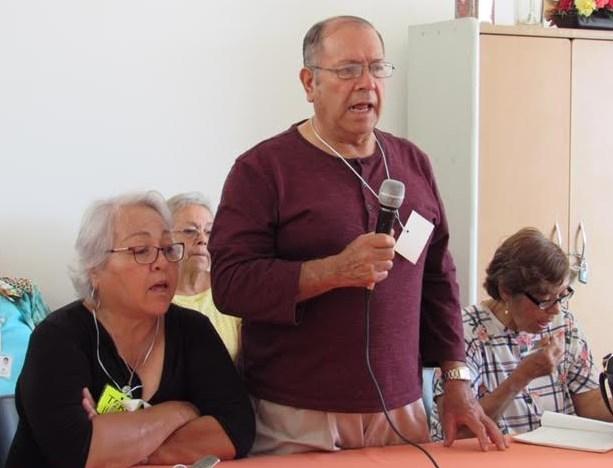 Mejoran adultos mayores mejoran salud física y mental a través de taller de canto libre