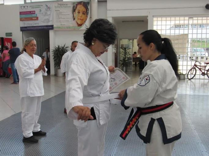 Promueve DIF Zapopan el deporte en adultos mayores mediante las artes marciales