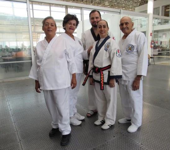 Impulsa DIF Zapopan a adultos mayores en artes marciales