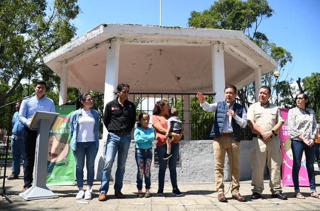 Entrega Zapopan menaje a 20 familias afectadas en La Primavera y La Venta del Astillero