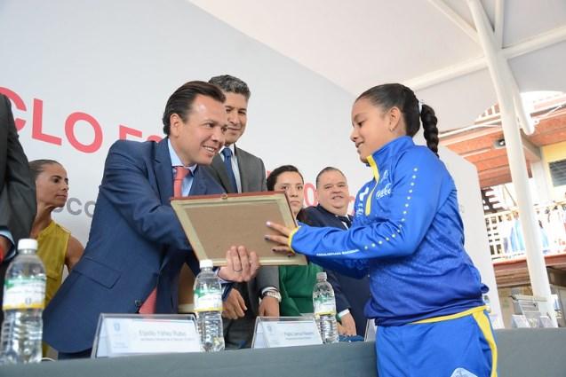 Llega Escuelas con Estrella a la Secundaria Francisco Márquez, en La Tuzanía
