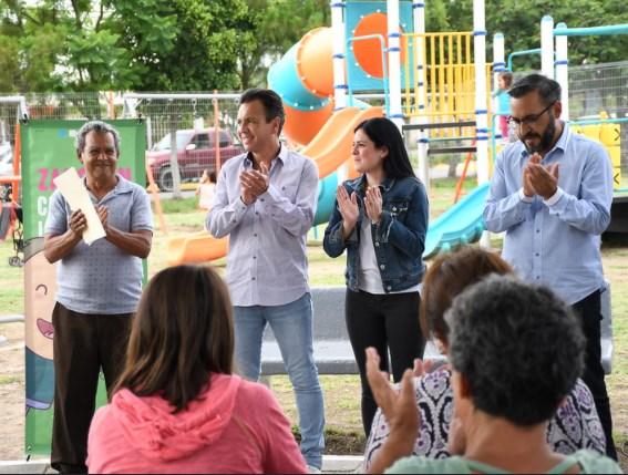 Recuperan ciudadanos y gobierno espacio público en Villas de la Loma