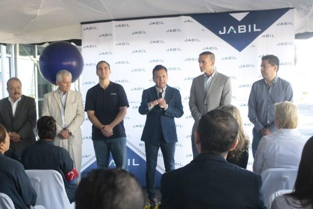 Participa Pablo Lemus en apertura de servicio médico familiar en Jabil