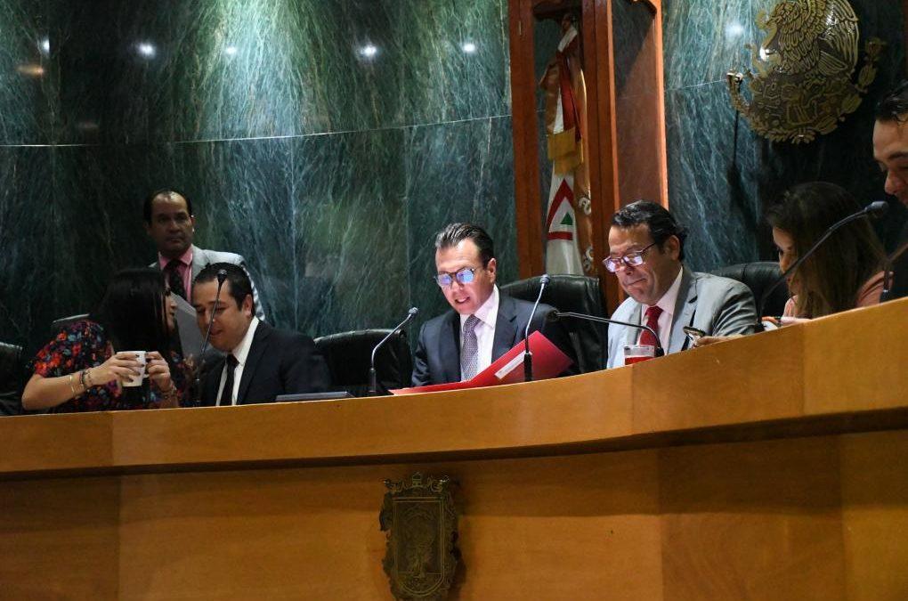 Entrega Pablo Lemus 4to. Informe de Gobierno al Pleno del Ayuntamiento