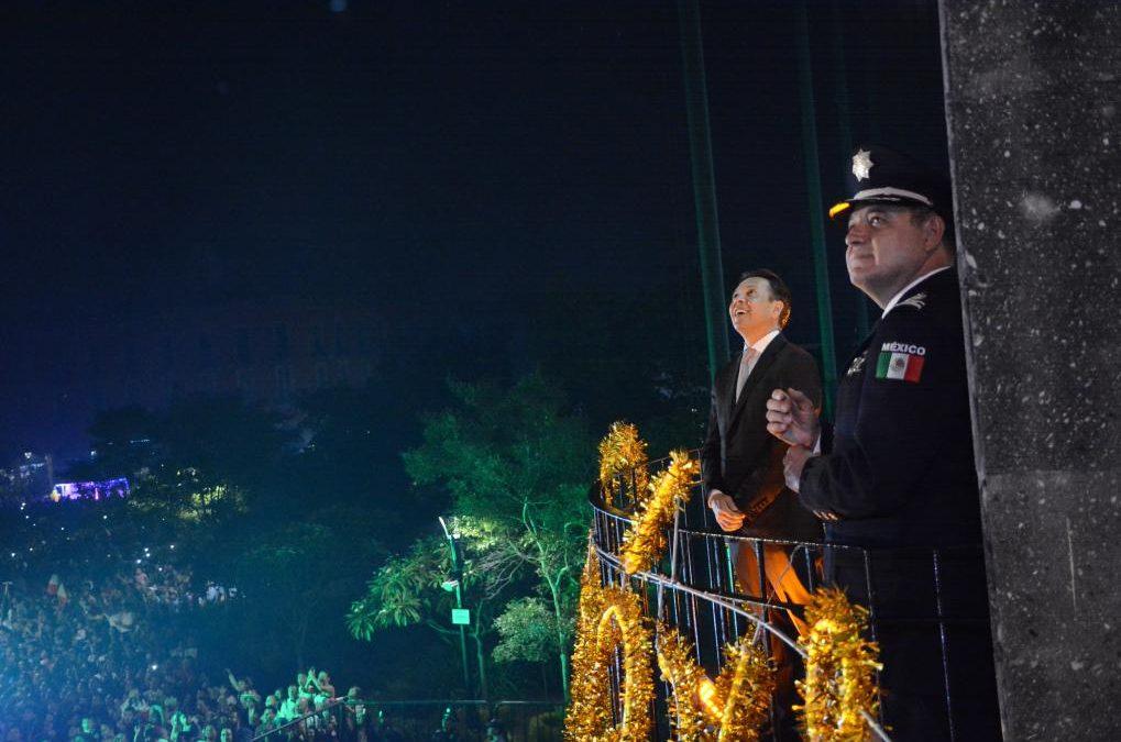 Preside Pablo Lemus la ceremonia del Grito de Independencia de México en Centro Histórico