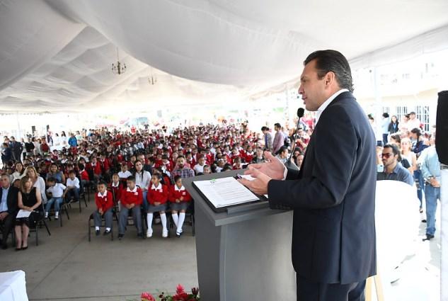 Inauguran enZapopanEscuela Primaria Distribuidores Nissan 104