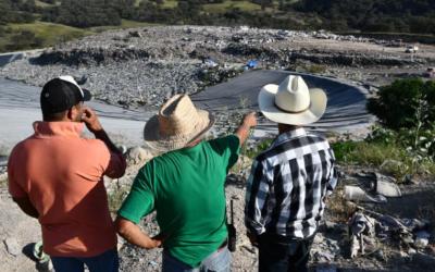 Visitan pobladores y autoridades zapopanas relleno sanitario Picachos